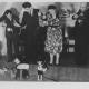 Improvizace na moskevském zájezdu, zleva Jan Ret, František Flajšhanz, Roman Rajman, Jiřina Skupová a Josef Skupa,zájezd do  Moskvy, 1949